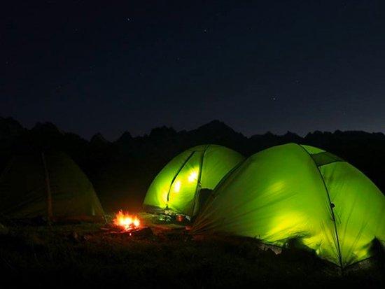dormire in tenda sulle alpi